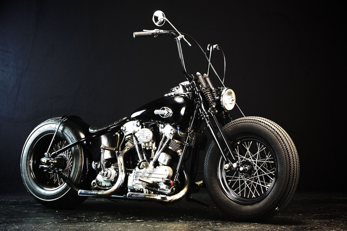 This custom…:WITH AN OLD STYLE H-D… YES, WE BELIEVE IT… 1
