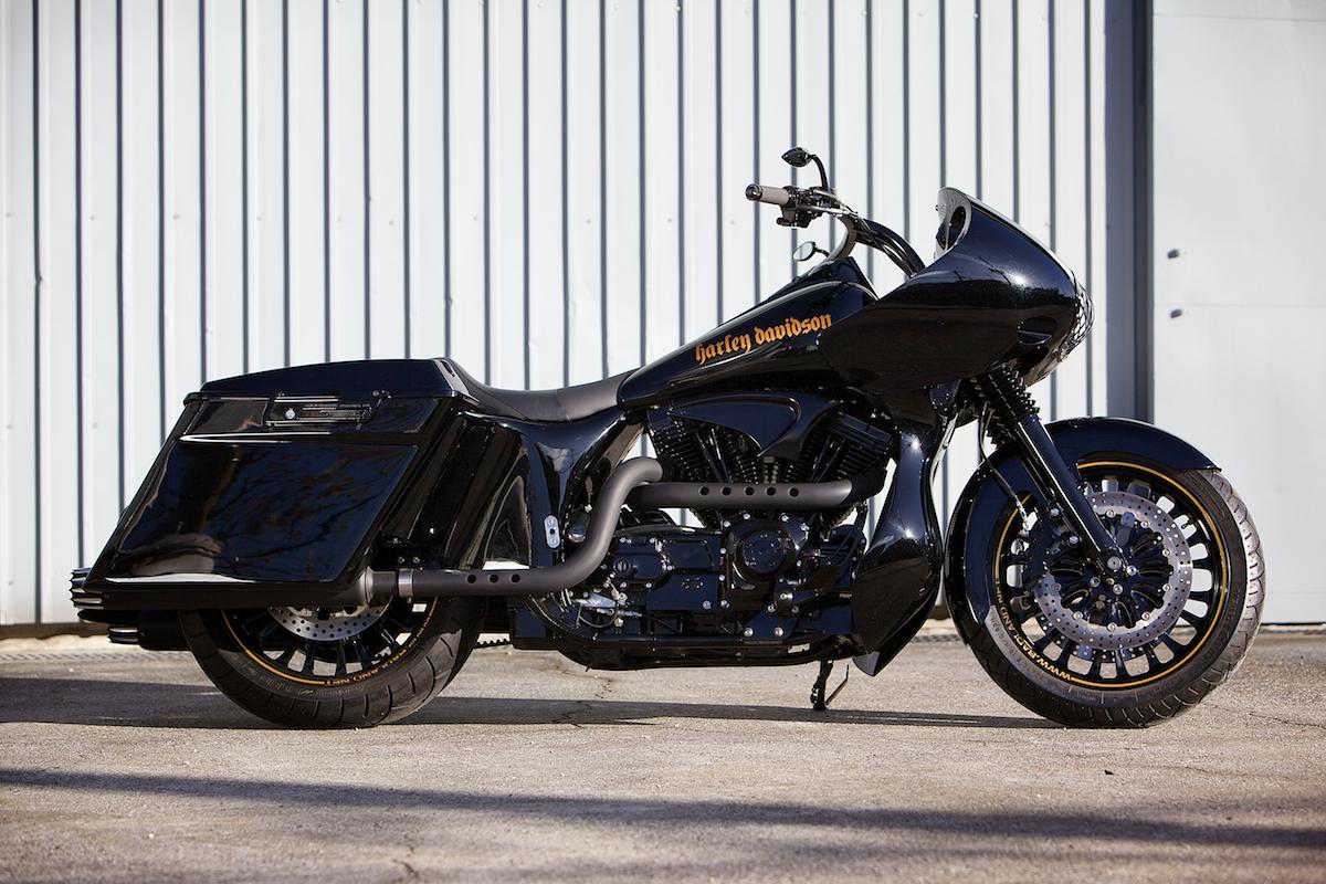 SUSANO DOMINOS:2007 Harley Davidson Road Glide Custom 3