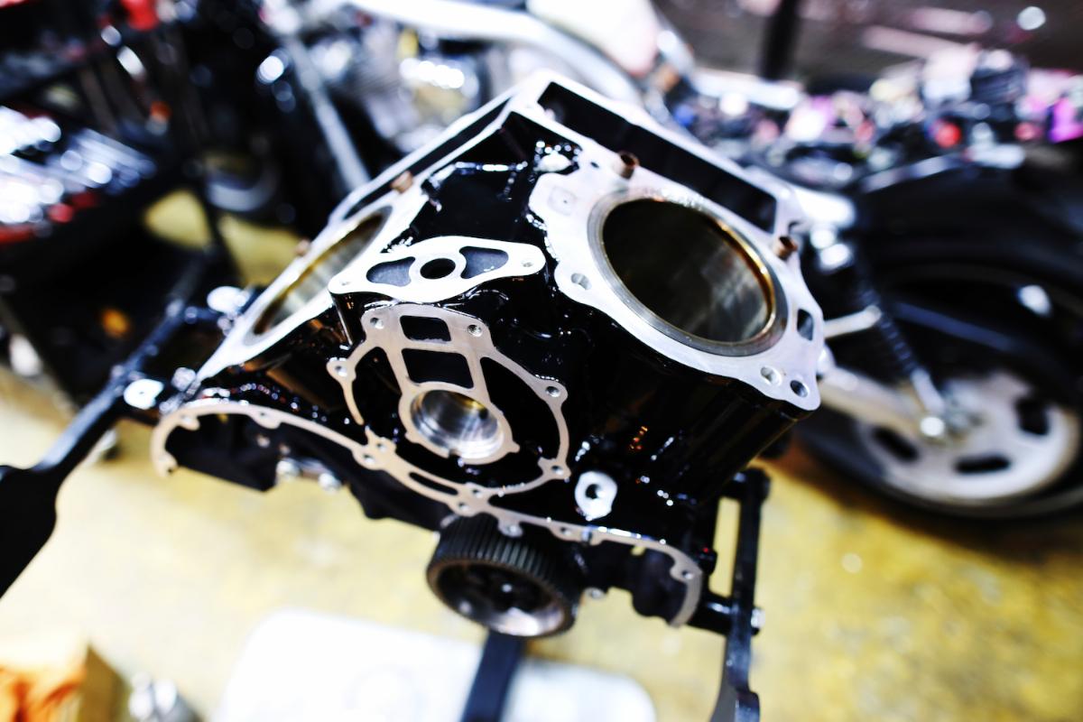 Revolution:HARLEY DAVIDSON V-ROD ENGINE 8