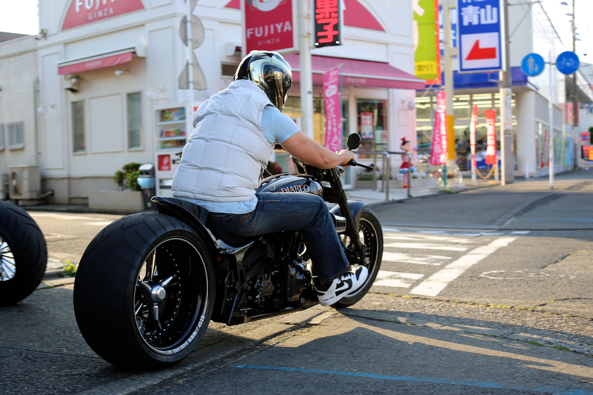 It's nice weather....:LIVE TO RIDE, RIDE TO LIVE 3