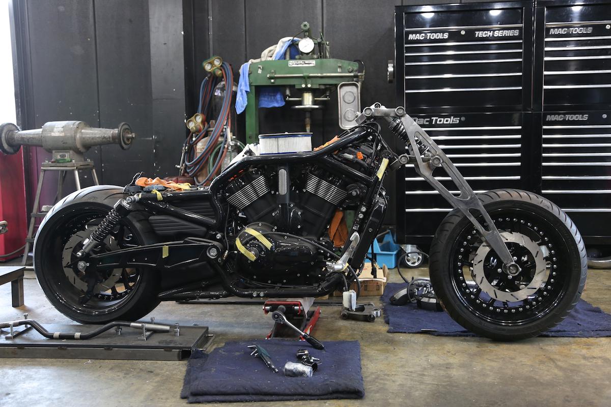 Our original Girder Fork for All Harley Davidson & all V-ROD / for All Model & Year.:BADLAND ORIGINAL GIRDER FORK 7